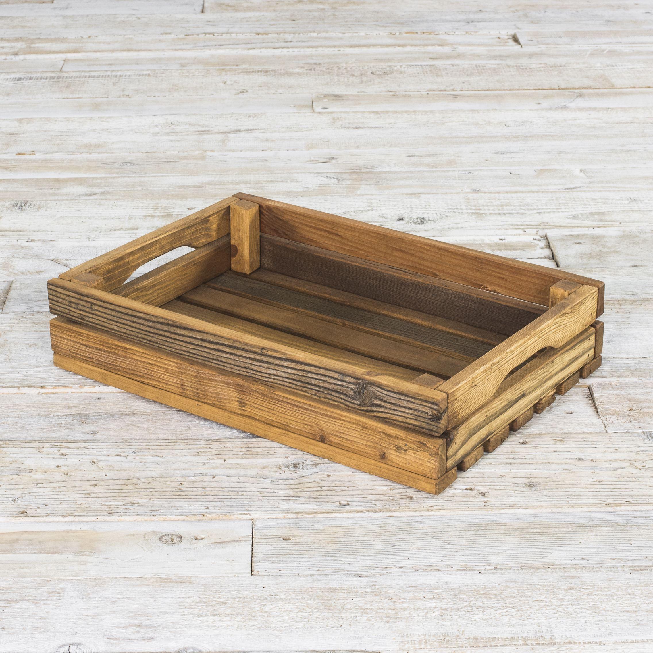 Skrzynka ze starego drewna