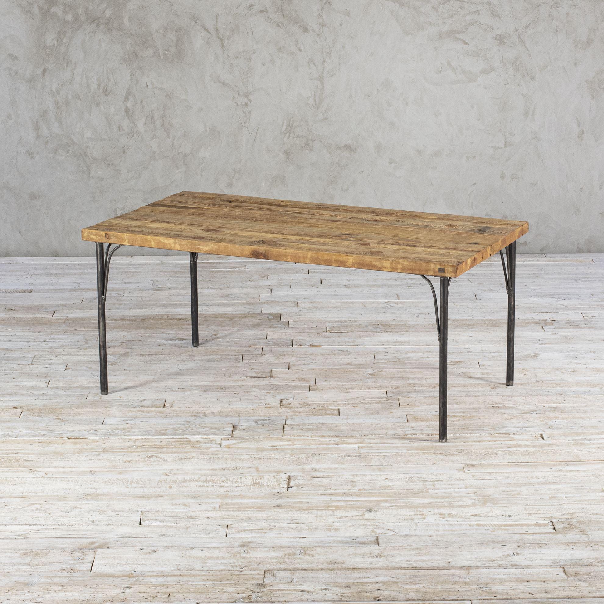 Stół ze starego drewna - No. 391