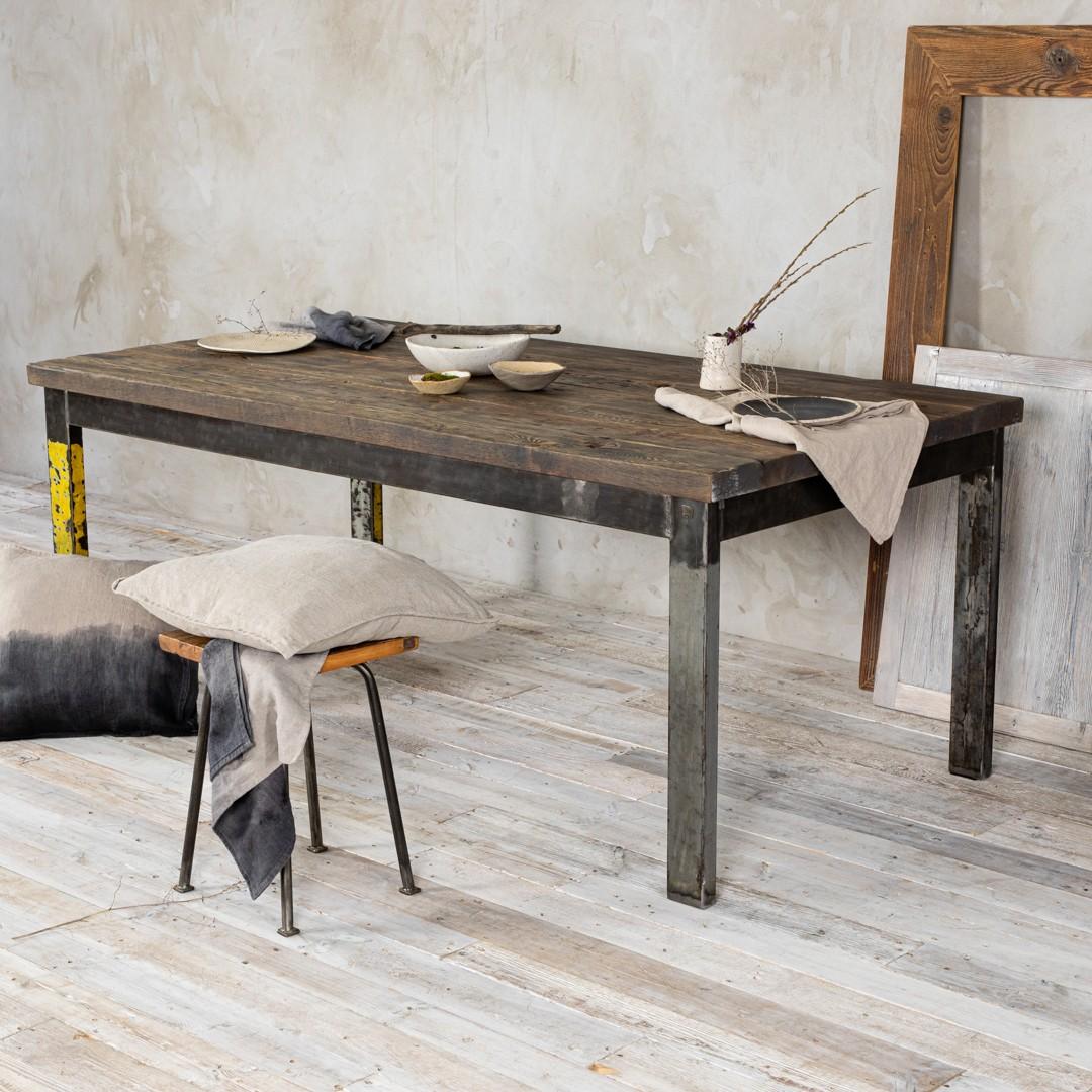 Stół loftowy - stare drewno No. 303