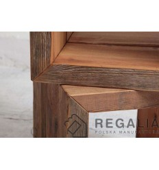 Szafka-kubik ze starego drewna